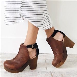 Free People Amber Orchard Clog in brown leather